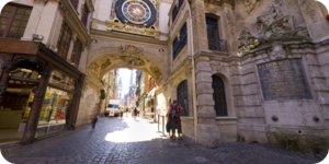 Visite virtuelle 360° Rouen Gros Horloge par Showaround