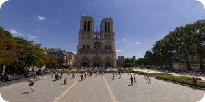 Visite virtuelle 360° haute définition parvis cathédrale Notre-Dame à Paris par Showaround