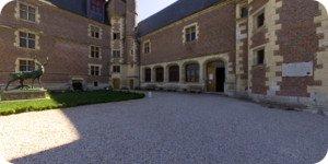 Visite virtuelle 360° hd château de Gien Loiret par Showaround