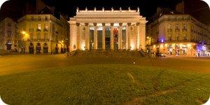 Visite virtuelle 360° hd nocturne place Graslin à Nantes par Showaround