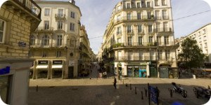 Visite virtuelle 360° haute définition place du Change à Nantes par Showaround