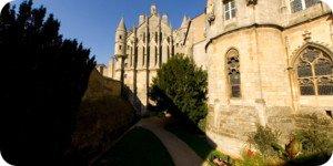 Visite virtuelle 360° flash haute définition tour Maubergeon à Poitiers par Showaround