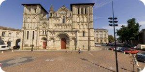 Visite virtuelle 360° de l'église Sainte-Croix à Bordeaux en haute définition France