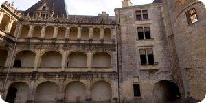 Visite virtuelle 360° du Château de La Rochefoucauld en Charente en haute définition France