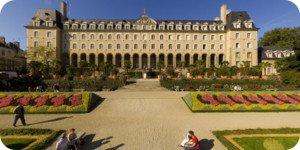Visite virtuelle 360° flash haute définition dans les jardins du Palais Saint Georges à Rennes par Showaround